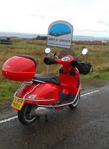 Vespa GTS 300 Travels