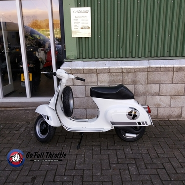 For Sale - Fully Restored Go Full Throttle Speciale Serie 4 Vespa Douglas V90 Smallframe