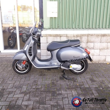 Pre-loved Vespa GTS 125 Super Sport - Learner legal