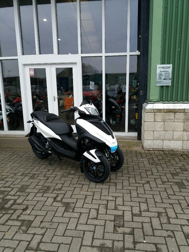 New Piaggio MP3 Yourban 300cc Sport Euro 4