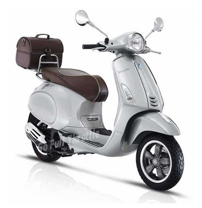 Vespa Primavera 125 70th Anniversary Limited Edition Silver