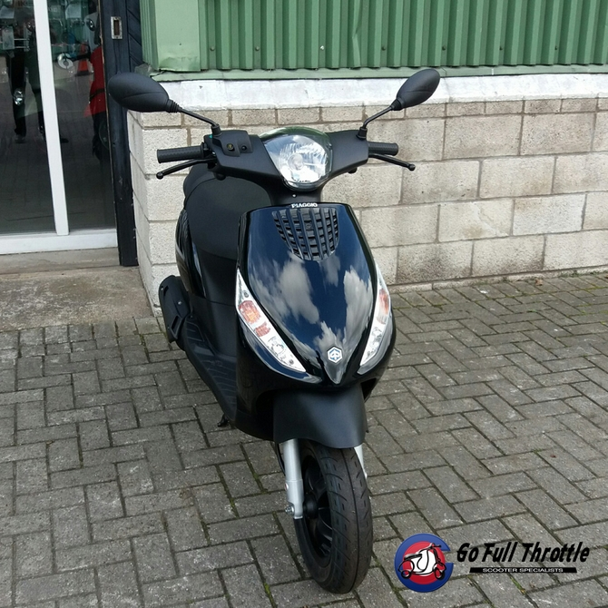 Pre Registered Piaggio ZIP 50 cc 2T 2017 - SOLD