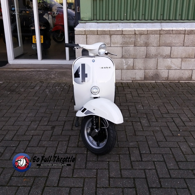 Fully Restored Go Full Throttle Speciale Serie # 4 Vespa Douglas V90 Smallframe - SOLD