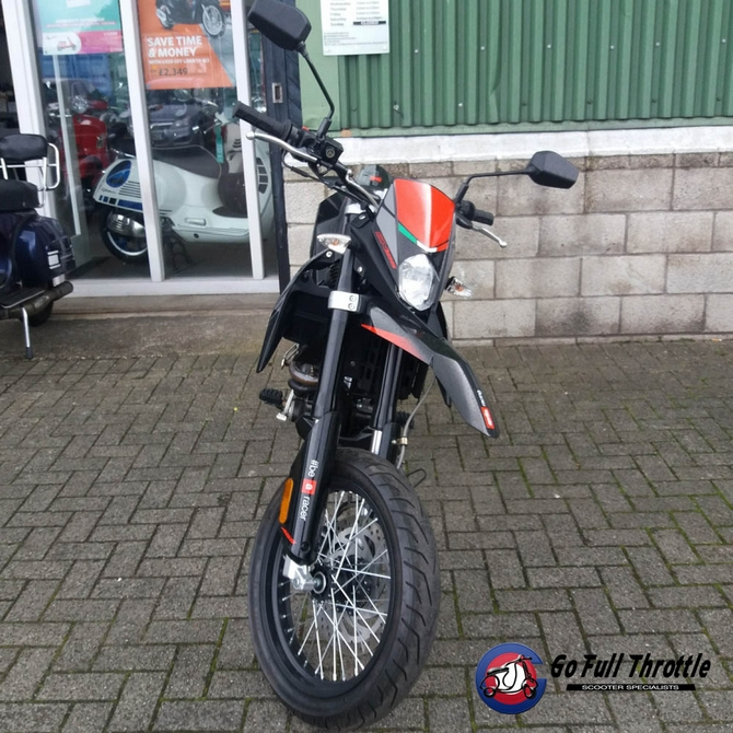 Just in - Pre Loved Aprilia SX 125cc ABS - 2018 - Learner Legal